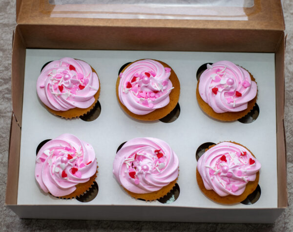 (6 pieces)-Personalized Vanilla Cupcakes with your message