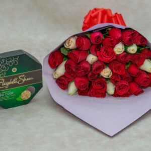 Bouquet of Mixed White and Red Rose Flowers and Elizabeth Shaw Chocolate Pack- Mint Crisp