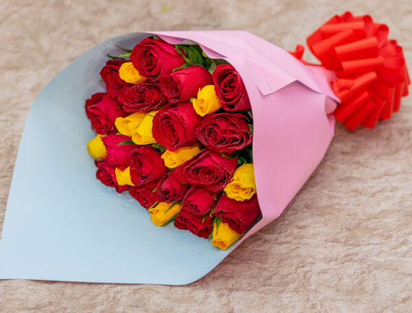 Mixed Red and Yellow Roses Flower Bouquet