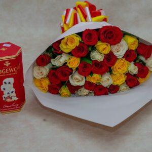 Mixed Roses and Wedgewood Strawberry Nougat